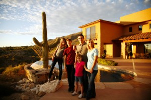 Eric Sipos, MD, and his family in Tucson, Ariz.